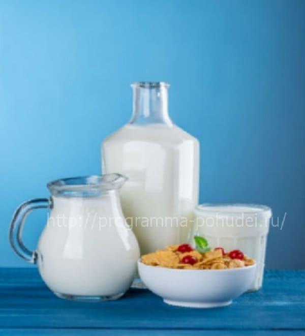 Самое высокое содержание белков в продуктах, молоко